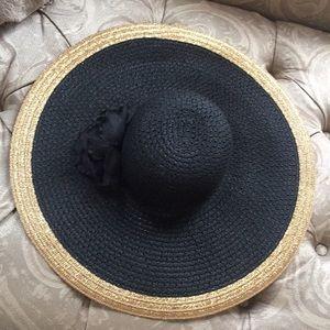Wide Brim  Packable Hat